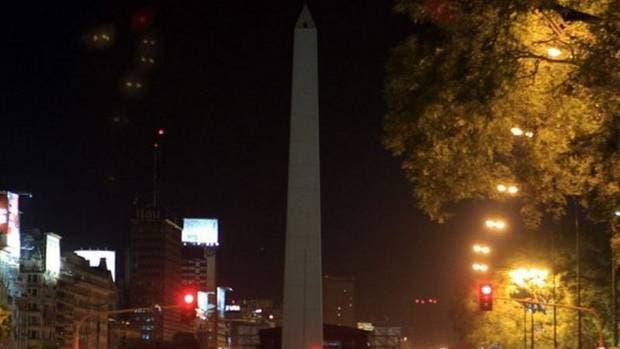 Siete mil ciudades apagan sus luces