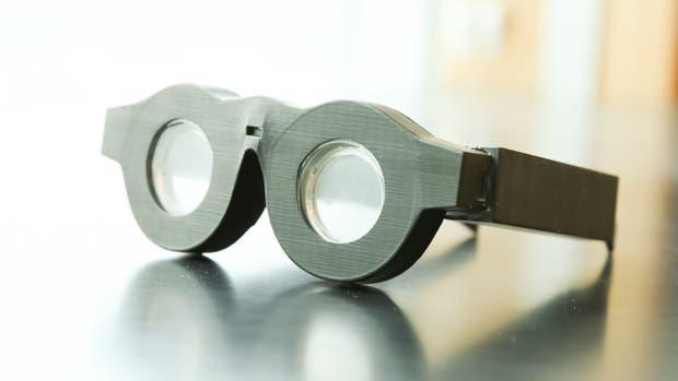 Crean  lentes líquidas con autofoco y aumento variable