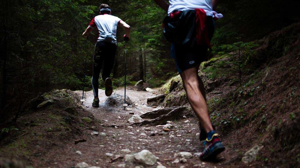 Las prendas de trail running están diseñadas para las características propias de este tipo de superficies