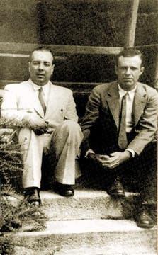 Junto a Adolfo Bioy Casares. Foto: Archivo / LA NACION