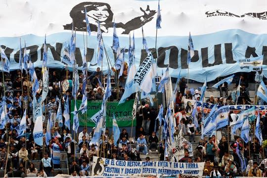 Masivo acto de Cristina Kirchner en homenaje al triunfo de Néstor Kirchner en 2003. Foto: DPA