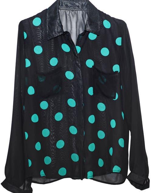 Camisa lunares (Estancias Chiripa, $338).