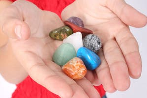 Cristaloterapia: 4 piedras que pueden ayudarte a recobrar energías