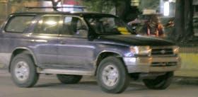 La camioneta de Bejarano, cuando fue multada: sin patente ni identificación alguna