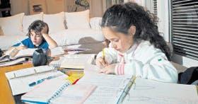 La tarea en el hogar, una modalidad extendida en las escuelas y muy criticada por Francesco Tonucci