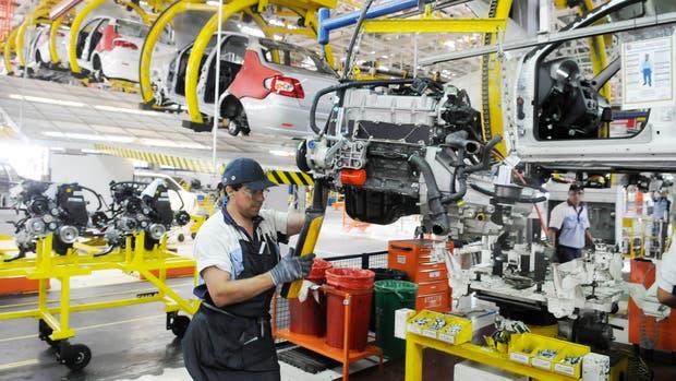 El Indec estimó que el PBI aumentó 3,8 por ciento — Septiembre