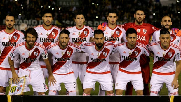 El equipo titular de River en Asunción