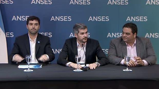 Basavilbaso, Peña y Triaca hacen el anuncio de la actualización semestral de las jubilaciones y pensiones