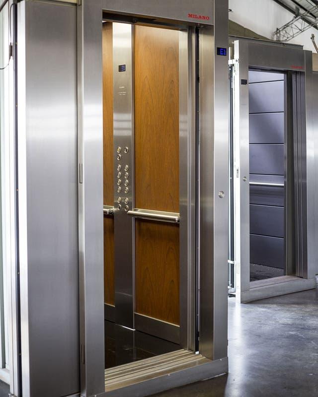 Un ascensor estándar terminado