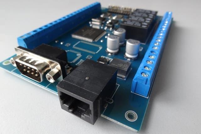 A la CIAA se le pueden agregar componentes (como GPS, un chip de video, etcétera) si la empresa que hará el equipo lo necesita