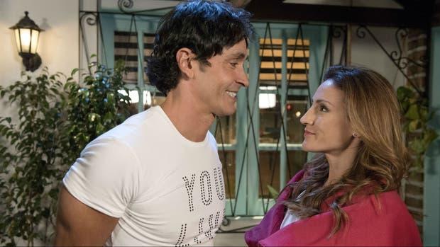 Sebastián Estevanez y Eleonora Wexler, una atracción que crece