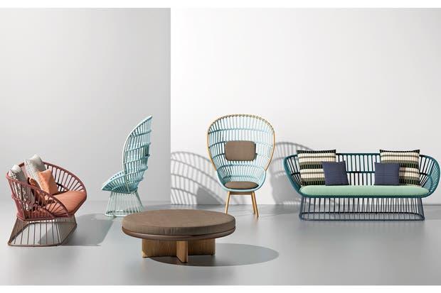 La colección 'Cala' de Kettal se sostiene en una trama de cuerda con una nueva paleta de color creada por la pareja de diseñadores Doshi Levien.