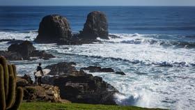 Pichilemu: playas de arenas grises y mucho viento en verano, pero las mejores olas para el surf