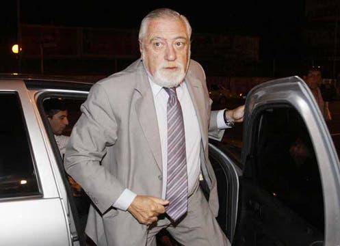 Eduardo Luis Duhalde, secretario de Derechos Humanos, visitó al ex presidente. Foto: DyN