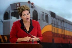 En el Planalto, Dilma negó que el plan de estímulo fuera un proyecto privatizador