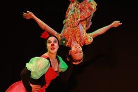 Daniela Fiorentino e Irene Armas, o La Reina Roja y Alicia
