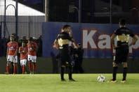 Boca vivió una noche negra y perdió ante Tigre en Victoria