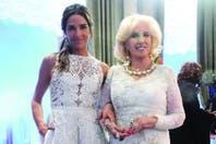Confesiones de nieta: Juana Viale sólo habla en la mesa de Mirtha Legrand