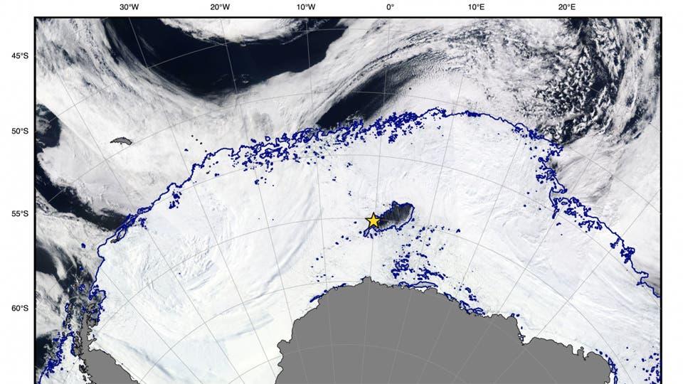 Descubrieron un gigantesco agujero en el hielo de la Antártida 2550231h765
