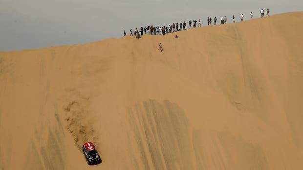 Despres conquistó la segunda etapa en autos en Pisco