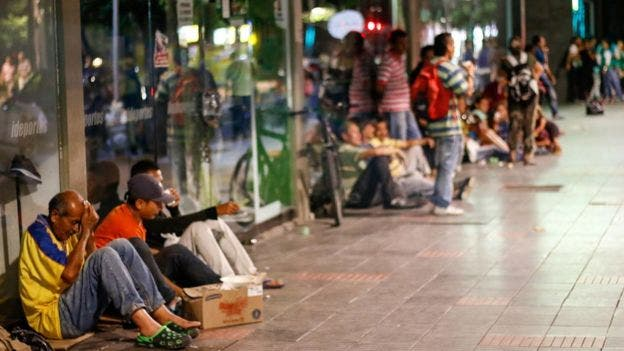 """Para Henkel García, la salida de Maduro y la reestructuración de la deuda son """"necesarios"""" para el país"""