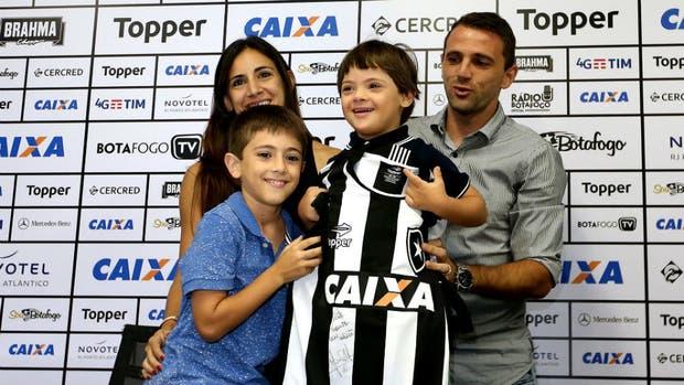 El anuncio de Walter Montillo con su familia