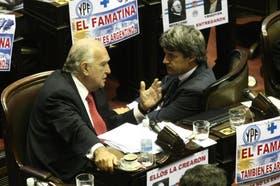 Gil Lavedra (UCR) y Prat Gay (CC) avanzan en un frente porteño