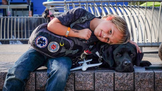 Luke y su perro Jedi, inseparables