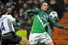 Javier Zanetti salió lesionado ante Werder Bremen