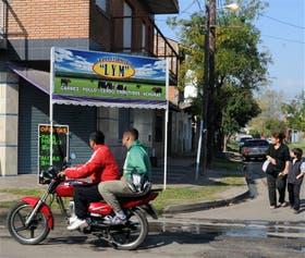 Frente a este comercio de Morón mataron de un tiro al policía Torres