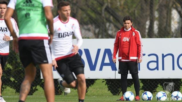 Marcelo Gallardo arma el equipo