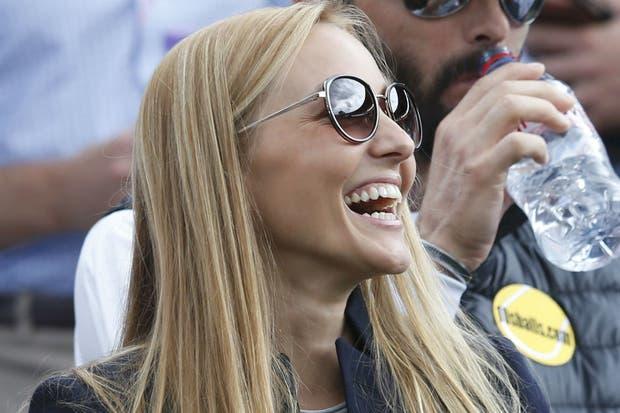 El duelo Jelena Ristic vs. Kim Sears.  /AP y AFP