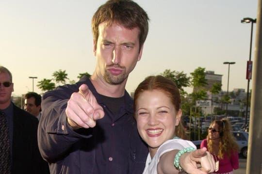 Drew Barrymore junto a su segundo marido, el comediante Thomas Green. Foto: Archivo