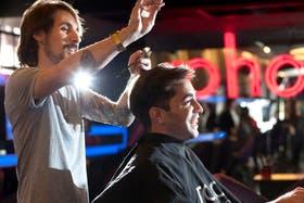 Gonzalo de Marco (30) se corta en Roho, la peluquería de moda