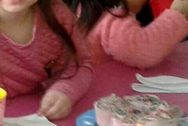 Algunos chicos del jardín de infantes comieron cupcakes envenenados