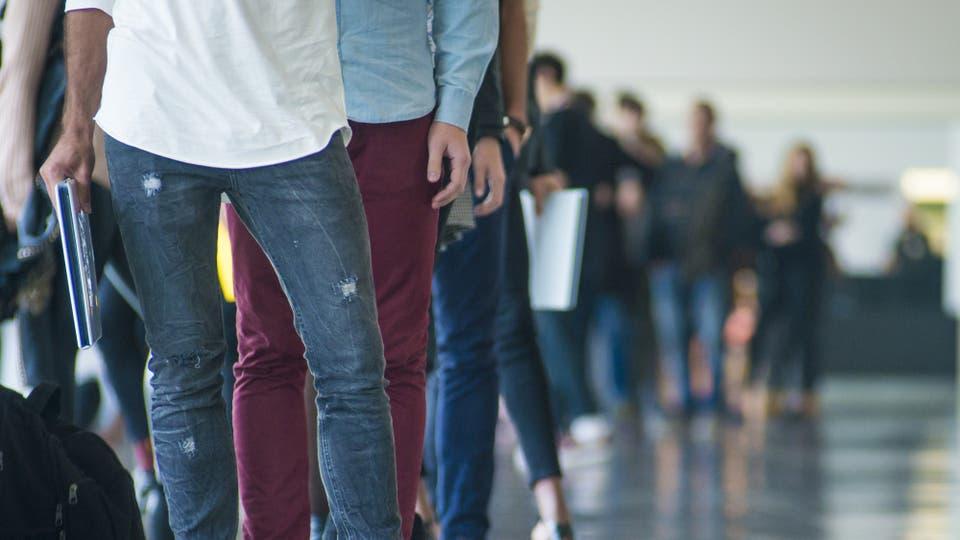 El empleo formal privado subió 1,1 % en julio — Tibia mejora
