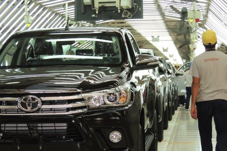 La Hilux de Toyota llega a casi toda la región