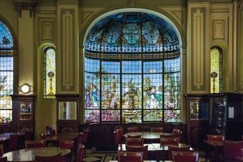 Historias de Las Violetas, el bar que volvió a florecer