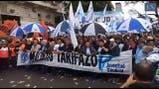 Manifestación en el Obelisco contra el tarifazo - Crédito: Fernando Massobrio