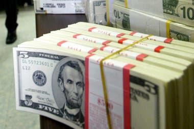 El Gobierno puso controles de cambio a inicios de septiembre, lo que hizo resurgir con fuerza a otros tipos de cambio que habían estado presentes durante el cepo kirchneristas