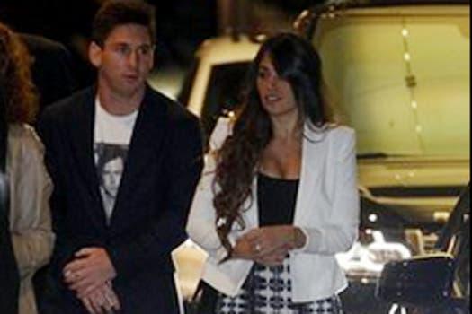 Messi, con Antonella. Foto: Mundo Deportivo