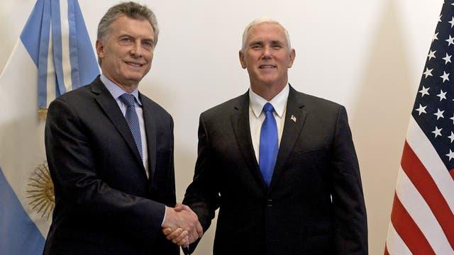 Macri con el vicepresidente de los EE.UU, Pence, la semana pasada en la Casa Rosada
