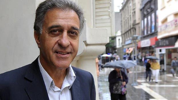 Néstor Pitrola: contra el kirchnerismo y Macri