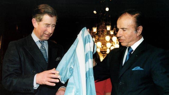 En marzo de 1999 fue recibido por el ex presidente Carlos Menem