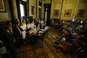 La oposición en pleno, durante una conferencia en apoyo a Nisman