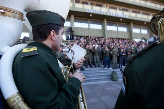 El reclamo de los gendarmes en el edificio Centinela. Foto: LA NACION / Ezequiel Muñoz