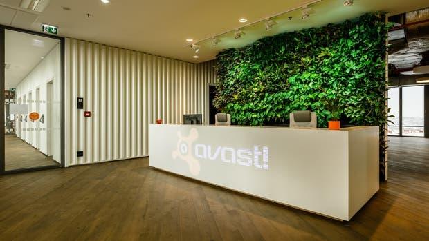 La entrada a las nuevas oficinas de Avast!