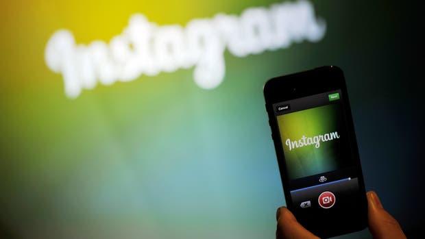 Instagram ahora permite videos de 60 segundos de duración y mantuvo el orden cronológico de las publicaciones