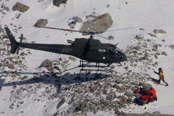 Rescatistas suben Nanga Parbat por personas atrapadas