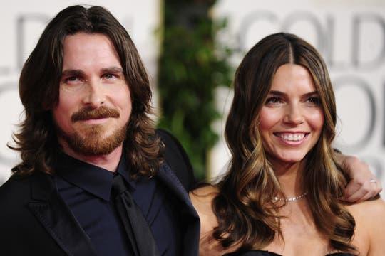 Y el Glogo de Oro es para... Christian Bale, mejor actor de reparto por su trabajo en The Fighter.. Foto: AFP